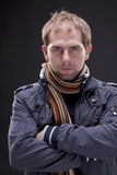 Porträt eines Mannes mit Jacke Stockbild