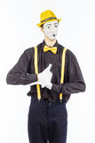 Porträt eines Mannes, Pantomimeschauspieler, der Kamera und showin betrachtet Lizenzfreies Stockfoto