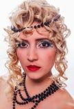 Porträt eines Modells mit einer ungewöhnlichen Modefrisur Lizenzfreies Stockfoto
