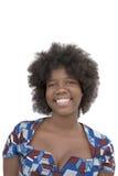 Porträt eines reizenden Mädchens, das, achtzehn Jahre alt, lokalisiert lächelt Lizenzfreies Stockfoto