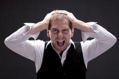 Porträt eines schreienden Mannes Lizenzfreies Stockfoto
