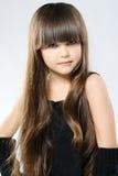 Porträt eines stilvollen kleinen Mädchens Lizenzfreies Stockfoto