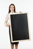 Porträt eines Studenten, Mädchen, eine leere Anschlagtafel halten Stockfoto
