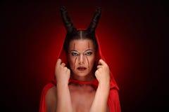 Porträt eines Teufels mit Hörnern phantasie Getrennt mit Ausschnittspfad Halloween stockfotos