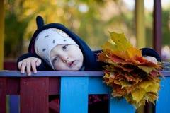 Porträt eines traurigen Jungen Stockbilder