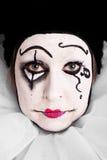 Porträt eines traurigen weiblichen Clowns Stockbild