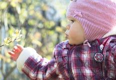 Porträt im Freien des Babys Stockfoto