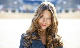 Porträt nah oben vom jungen schönen Mädchen Lizenzfreie Stockfotografie