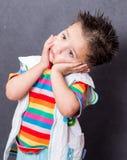 Porträt Recht kleines Mädchen auf Spielplatzhintergrund Lizenzfreie Stockbilder