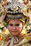 Porträt von den Kindern, die traditionelle Kleidung tragen Stockbilder