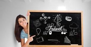 Porträt von glücklichen Frauenvertretungs-Reiseikonen auf Tafel Lizenzfreies Stockbild
