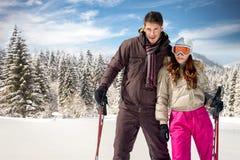 Porträt von jungen Skifahrern lizenzfreie stockfotografie