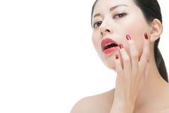Porträt von Lippenstift-Asiatsfrauen des Sinnlichkeitszaubers roten lizenzfreies stockfoto