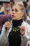 Porträt von Person Speaking am Trumpf-Protest Lizenzfreie Stockfotos