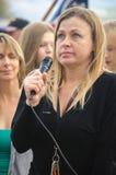 Porträt von Person Speaking am Trumpf-Protest Stockfoto