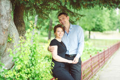 Porträt von zwei schönen jungen Liebhabern Stockbild
