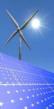 Porträtbild von Windmühlen und von Sonnenkollektoren Stockbilder