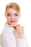 Porträtgeschäftsfrau mit Stift Blondes Mädchen der eleganten Frau lokalisiert Stockfotos
