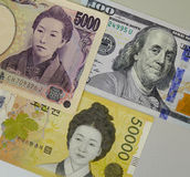 Porträts auf Banknoten Stockbild