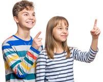 Portrait émotif de garçon et de fille Photos libres de droits