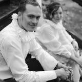 Portrait émotif de trois amis intimes - acteurs de rue S'assemblent a Photo stock