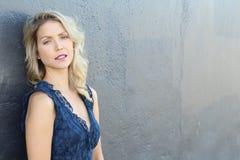 Portrait érotique de jeune belle femme Blonde sexy image libre de droits