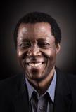 Portrait africain beau de studio d'homme de couleur photos stock