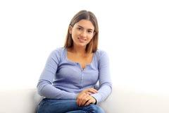Portrait attrayant de jeune femme Photos libres de droits