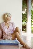 Portrait Bali-1 der Frau mit kleiner Blume Stockfotografie