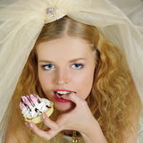 Portrait of beautiful girl with cake Royalty Free Stock Photos