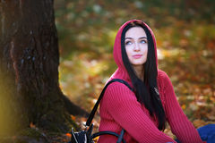 Portrait of a beautiful young girl in park Stock Photography