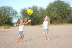 Portrait of a boy and girl on the beach Royalty Free Stock Photography