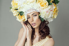 Portrait of brunette with floral headpiece Royalty Free Stock Photos
