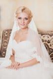 Portrait classique de la jeune mariée Images libres de droits
