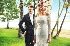 Portrait coloré des jeunes couples Images stock