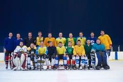 Portrait d'équipe de joueurs de hockey de glace Photographie stock