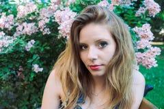Portrait d'été d'un modèle Photographie stock libre de droits
