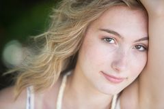 Portrait d'aîné de fille d'adolescent Photographie stock