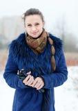 Portrait d'hiver de belle femme Photographie stock