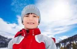 Portrait d'hiver de garçon Photographie stock libre de droits