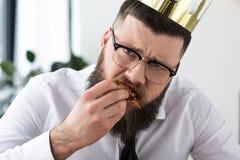 portrait d'homme d'affaires barbu triste images stock
