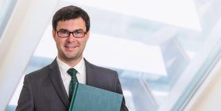 Portrait d'homme d'affaires réussi dans le costume formel Photo libre de droits