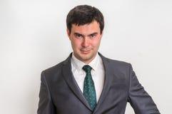 Portrait d'homme d'affaires réussi dans le costume d'isolement sur le blanc Images libres de droits