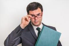 Portrait d'homme d'affaires réussi dans le costume d'isolement sur le blanc Photographie stock libre de droits