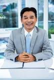 Portrait d'homme d'affaires asiatique de sourire Photographie stock libre de droits