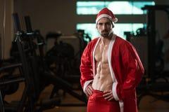 Portrait d'homme macho dans le costume de Santa image libre de droits