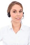 Portrait d'opérateur gai de sourire de téléphone de soutien de jeunes dans le casque, d'isolement au-dessus du fond blanc Photos stock