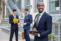 Portrait d'équipe ethnique multi d'affaires Image stock