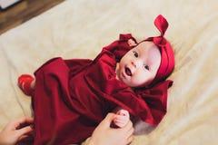 Portrait d'un bébé mignon de 6 mois images stock
