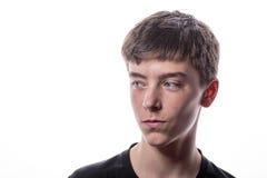 Portrait d'un bel adolescent photographie stock libre de droits